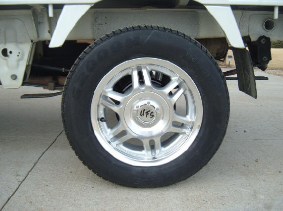 Japanese Mini Truck wheels and tires